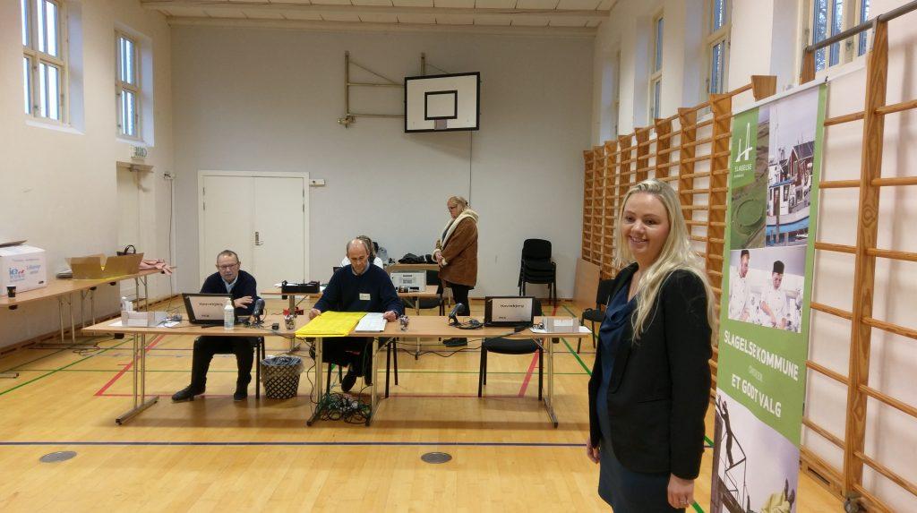 Stemmelokalet.