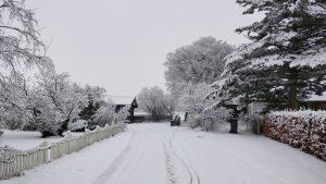 Sne på kirkestien
