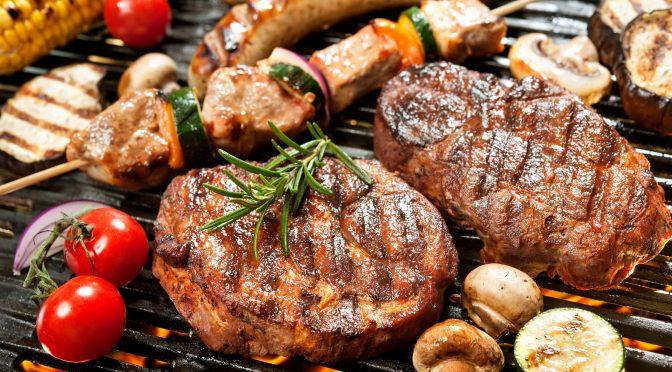 Fællesspisning med grillmad